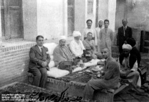 لقاء الشيخ عبدالكريم الحائري ره بوزير أوقاف اليمن في قم
